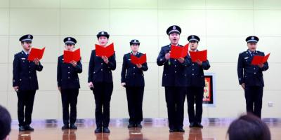 奇台县公安局举办警营诵读活动